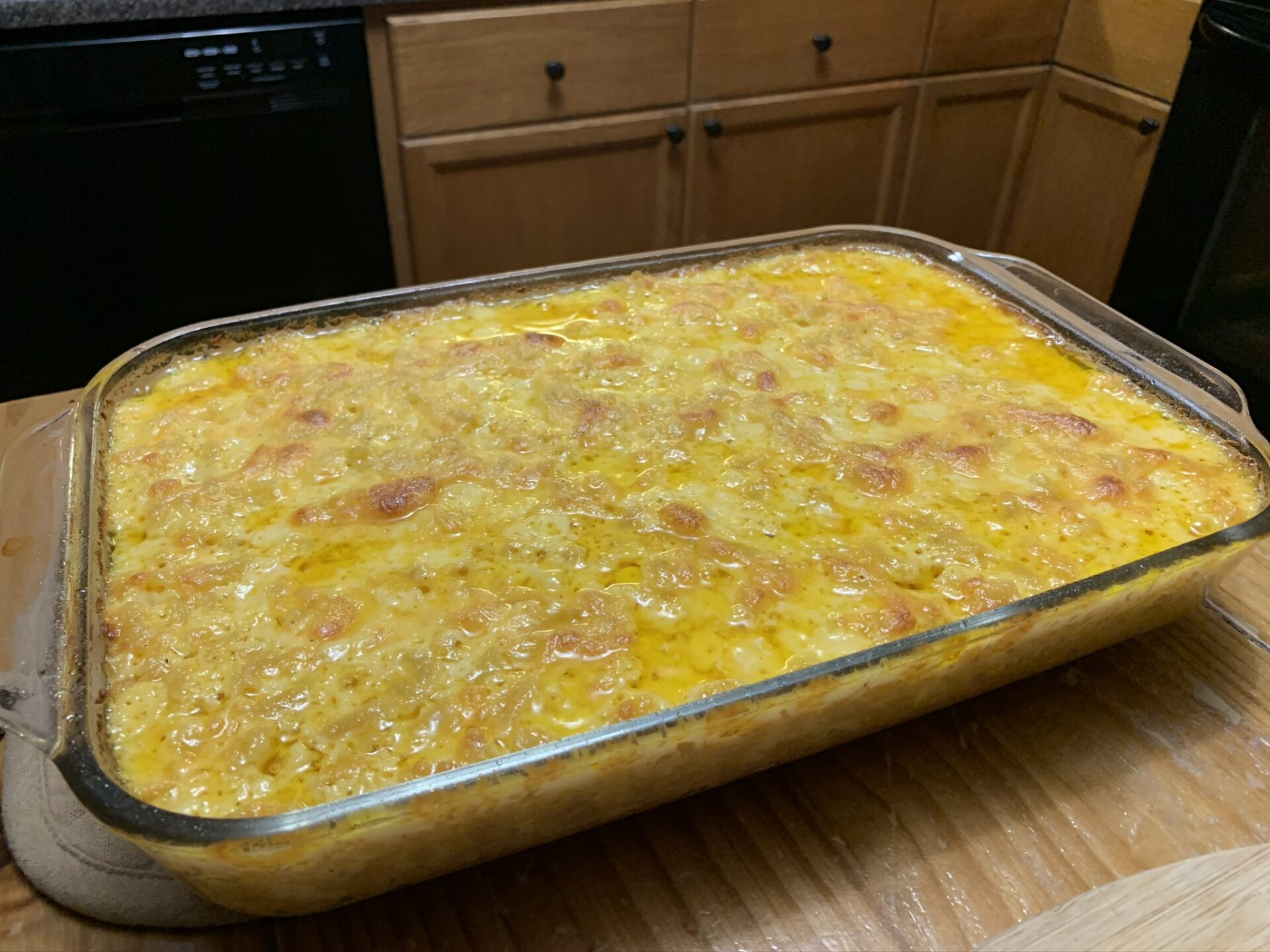 Oven baked mac & cheese